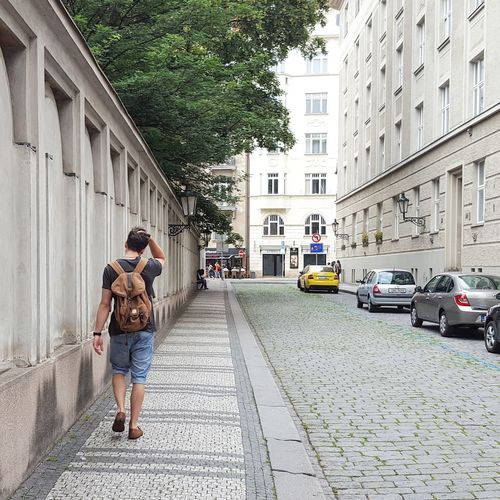 Travelphotography Streetphotography Nature Travel Traveling Travellife Walk Walkingphotographer Walkingphotos Europe Europe Trip Prague Praguephotographer Backpacking