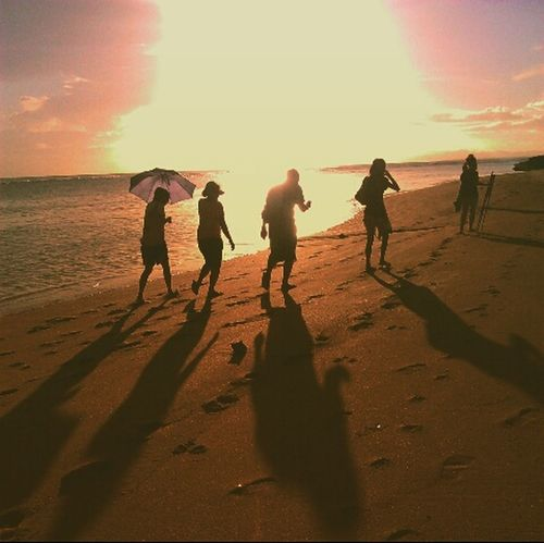 Sunset Hanging Out Silhouettephotography People Of EyeEm Eyeem Philippines Life Is A Beach Enjoying Nature EyeEm Nature Lover