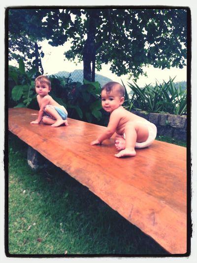 Zeh De Ferias e a baixinha tirando onda Baby Enjoying The Sun Travel