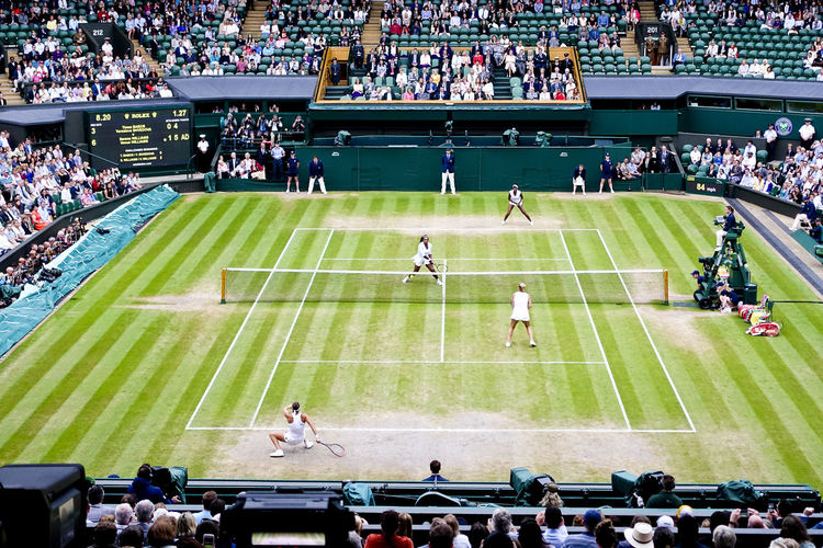 Serena and Venus Williams winning the women's doubles final on Centre Court at Wimbledon 2016. Doubles England England, UK England🇬🇧 Final London Londonlife LONDON❤ Serena Williams Tennis Tennis Court Tennis 🎾 Tenniscourt Venus Williams Wimbledon Wimbledon2016