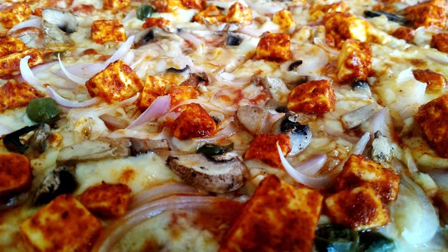 Spicy Pizza Pizza Hut  Full Frame Pizza Spicy Pizza Pizza Spicy Mexican Pizza Panner Pizza Mushroom Pizza Colorful Pizza Pizza Full Size Pizza Close Up Pizza Magaritha Pizza Margherita Pizza Mozzarella Pizza Cheese Cheesy Pizza Pizza Close-up Food And Drink Italian Food Unhealthy Eating Pizzeria