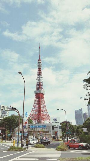 東京タワー 空と東京タワー