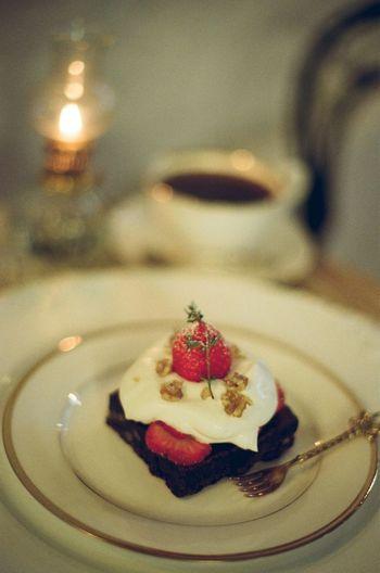 Brownie Cafe Coffee Gelatin Dessert Tart - Dessert Sweet Pie Dessert Fruit Plate Cake Table Cream Close-up
