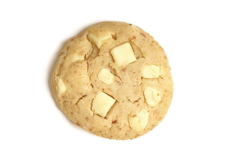 white chocolate chip cookie White Background Studio Shot Cut Out Food And Drink Close-up Food Single Object No People Baked Directly Above High Angle View Sweet Food Temptation Cookies Cookie Biscuit Soft Cookies American Style White Chocolate Chocolate Chocolate Chip Cookie White