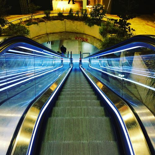 EyeEmNewHere Uniqueness Chatelet Châtelet Les Halles Paris Leshalles Escalator Kubrick Perspectives Perspective Photography Perspective View Miles Away The City Light Minimalist Architecture