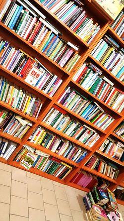 Yanlızlığın en iyi yandaşçıları🌙 Kitaplariyikivar First Eyeem Photo