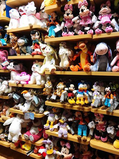 Disney Disneystore Dolls Milano 내가 다갖고싶다 다다다닫다닫다다ㅏ 다내꺼 IPhone Iphone7photo