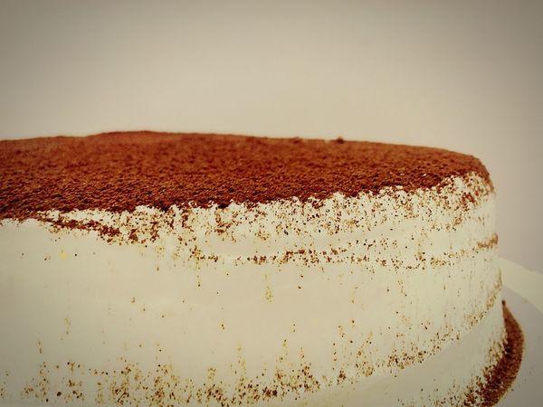 Life is too short; eat desserts first. An early morning Tiramisu cake Cakestagram Cakeporn Tiramisu Early Mornings Bakingislove Dessertoftheday Chefin It Up