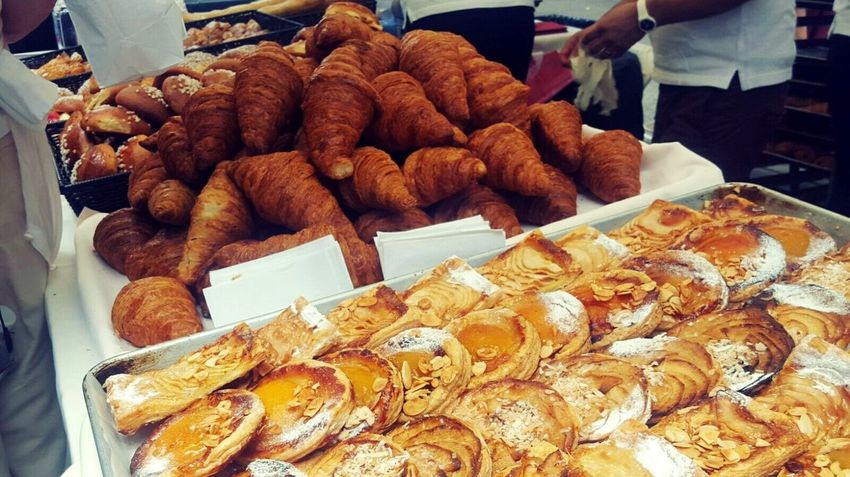Jour du Bastille: paikura© EyeEm Best Shots Eye4photography  AMPt_community Pastries French Gastronomy Baking Streetphotography