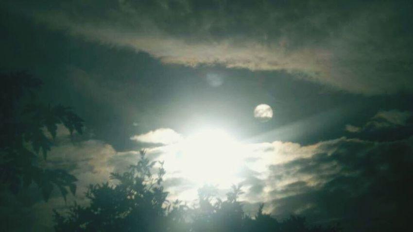 2 Suns Niburu Planet X Hercolumbus ???????????? Not lense flare...the top one is lense flare....