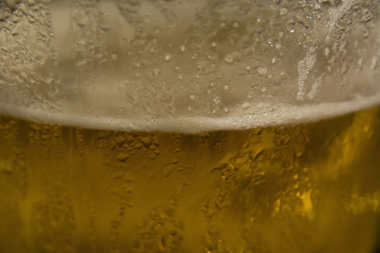 beer - alcohol, refreshment, drink, beer glass, frothy drink, freshness, close-up, condensation, alcohol, food and drink, bubble, drinking glass, no people, drop, beer, pint glass, full frame, backgrounds, cold temperature, indoors, day