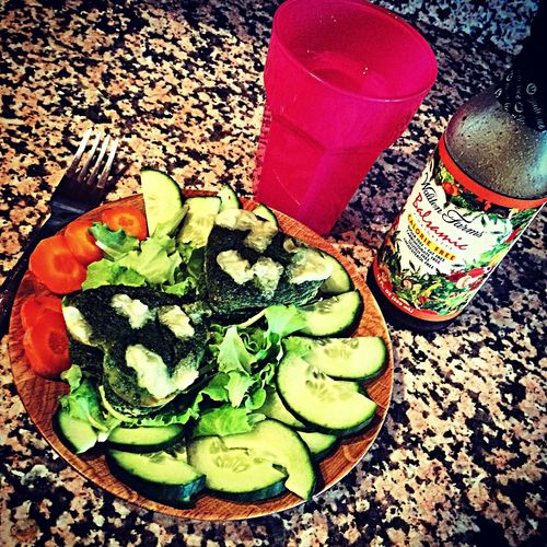 Early evening. Dobrú chuť Eating Healthy Waldenfarms Spinach Fitmeal