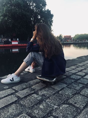 She is not me, I have take the picture and all pictures in my account to 🙈 Park Bleu Rayure Veja Skate Vilette Sky Gladys France Paris One Person Long Hair Real People Sitting Nature Water Casual Clothing