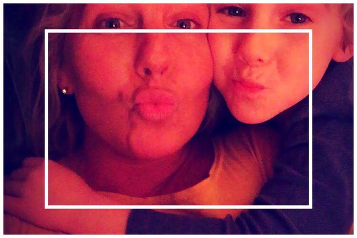 Bonne Nuit les petits ...... Instagood Selfie ✌ Relaxing Soirée Enjoying Life MonFilsMonHeros Taking Photos Monbonbon Løve  Photooftheday Montréal Sweethommes Mondayevening Lovemetender