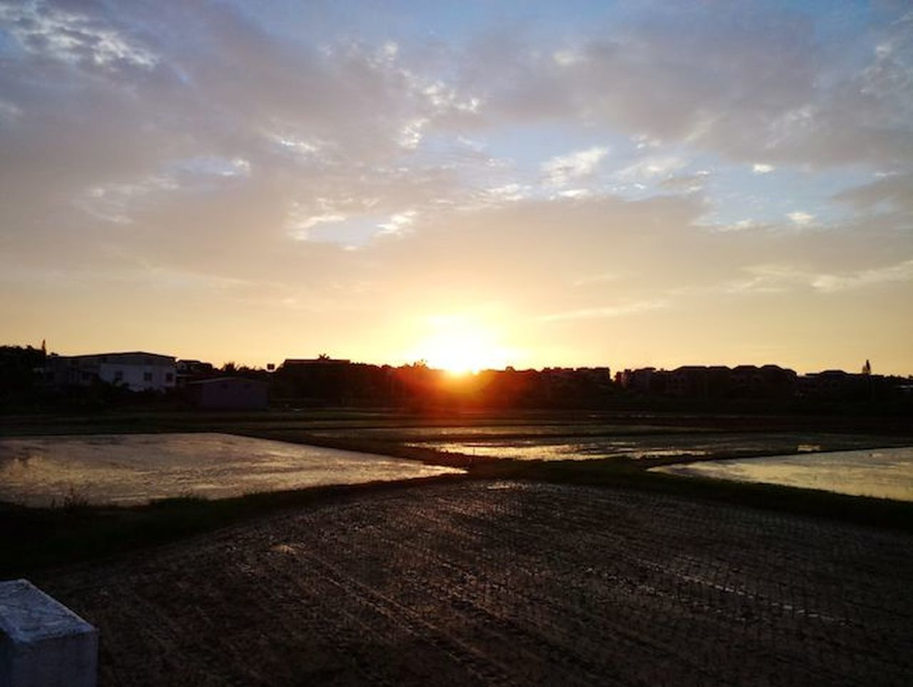 sunset, sunlight, outdoors, sky, no people, sun, scenics, cloud - sky, nature, tranquility, beauty in nature, water, building exterior, day