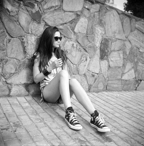 Hello World Film Working Black & White Blackandwhitephotography Blackandwhite Photography Blackandwhite Lomo Чб Lomography портрет Street черно-белое Portrait Москва фотограф любитель166 Lubitel 166+ Filmphotography Summer Фотосессия пленка Moscow Enjoying Life