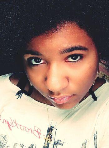 Young... Lightmakeup Selfie Womanselfie Nohairdressing