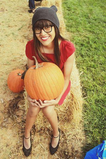 The Perfect Pumpkin Pumpkinpatch Pumpkins Portrait Makeup
