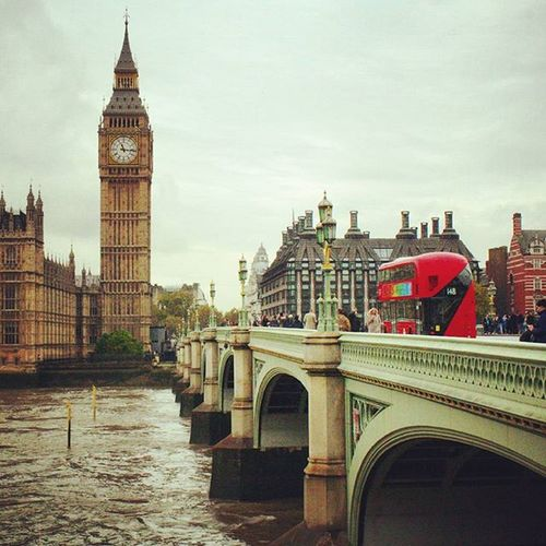 London is probably the most amazing city I've been to so far. London Love City Amazing Travel Explore Adventure Trip England Uk GB View Bigben Bridge Bus River Thames Westminster artflakes.com/shop/philipp-tillmann (link in biography)