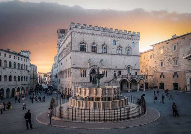 Architecture Built Structure Building Exterior Group Of People Sunset Sky Travel Destinations City Crowd Large Group Of People History The Past Tourism Real People Nature Travel Women Men Building Lifestyles Outdoors Umbria Umbria, Italy Perugia Downtown District Sunset_collection Sunset Silhouettes Sunset #sun #clouds #skylovers #sky #nature #beautifulinnature #naturalbeauty #photography #landscape Palace Palaces Sunlight Sunlight And Shadow Sunlight ☀ Skyscapes Sky_collection Skyscape Cityscape Square Square Shape Shot Light And Shadow Fountain Water Street Streetphotography Street Light Trip Nikon Travel Medieval Architecture Medieval My Best Photo