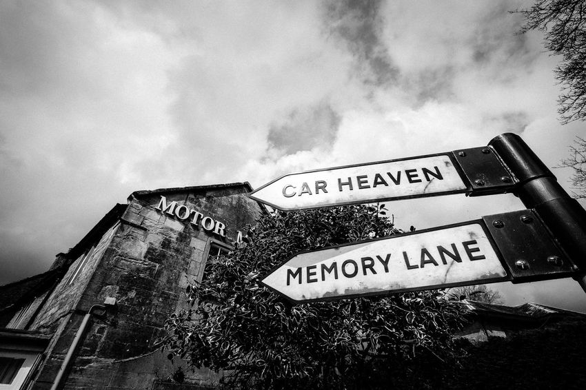 Signpost Memory Lane Blackandwhite Museum Sightseeing Car Museum