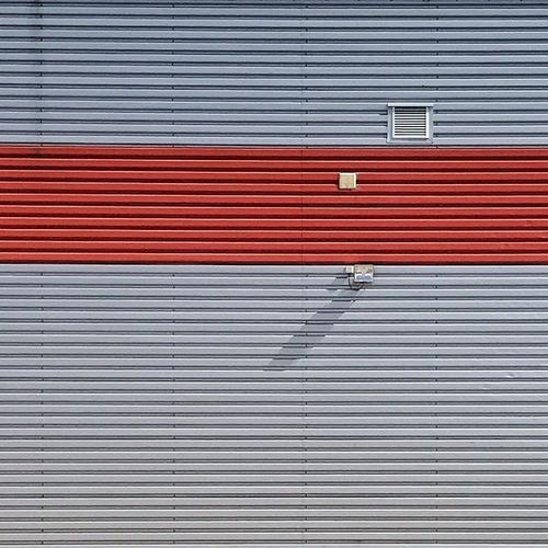 Red stripe Minimalobsession Architecture Shadow Shadows & Lights Minimal Minimalism Pattern Full Frame No People Red Shutter Backgrounds Metal Architecture Iron