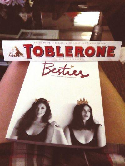 Bestiesbookclub book reading