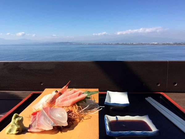 What's On The Roll Foodphotography Sashimi  Sushi Sea And Sky Food Love Asian Food Perfect Lunch Miles Away