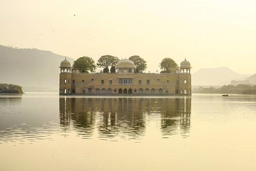 Jalmahalpalace Jaipur Beautifuljaipur @jaipurcityblog @beautifuljaipur Igersjaipur Click_india_click Wwim13 WWIM13Jodhpur Likeforlike Likeforfollow Instagrammers Tweegram Instaday Instadaily Follow4follow Followme
