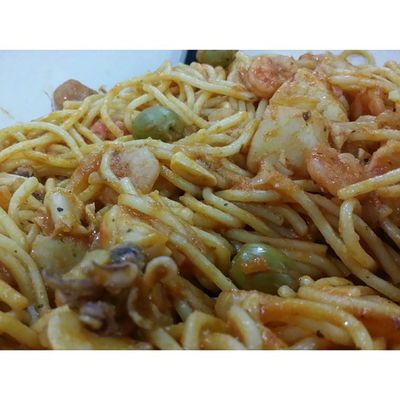 AB's Home cooked spaghetti marinara for dinner tonight AkuLapar Lovefoodhatewaste Brunei Weekend