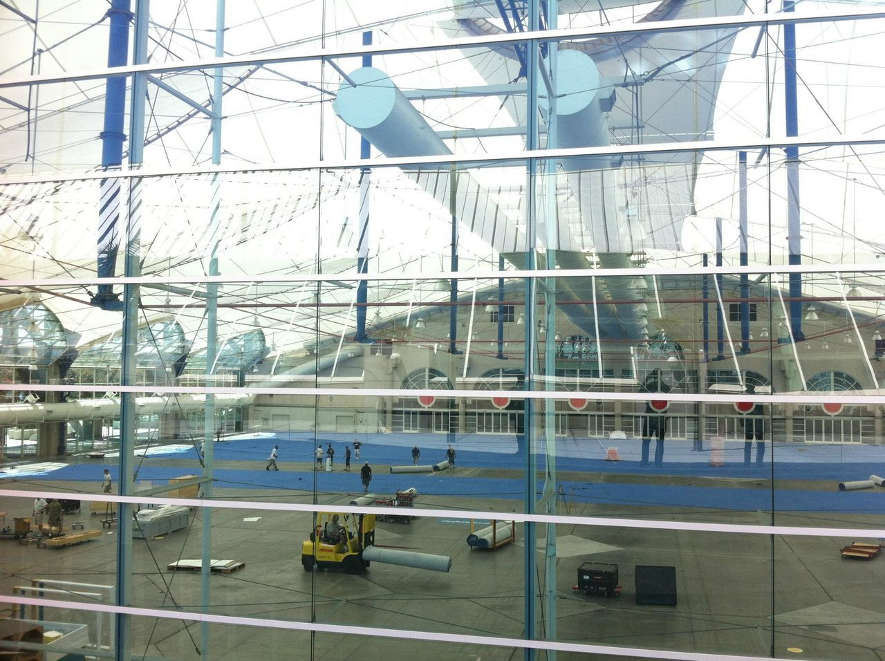 indoors, airport, architecture, built structure, day, transportation, no people, airport departure area