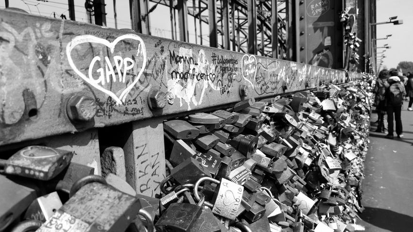 Built Structure Architecture Building Exterior City Hohenzollernbrücke Cologne Germany Travel Destination Lockers Locks Of Love Bridge Locks Of Love Lover Not A Fighter Lovers Point Lovers Bridge Lovers Locks Love Communication
