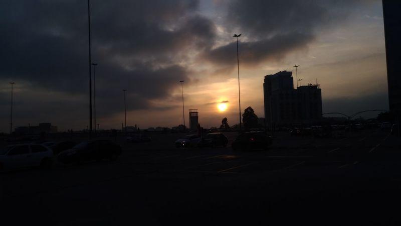 bom dia Deus nos abençoe Amanhecer Em Sao Paulo Perfeito Dia Céu Bomdia Amofotografar Fotografar Amanhecer Sol Dia Lindo 🌅