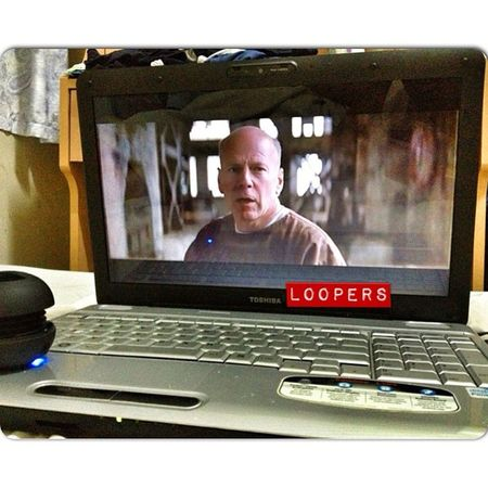 Now watching LOOPERS with @zaychee & Marcuszian Loopers MOVIE Movietime  bed