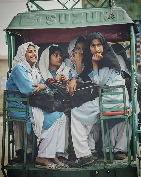 ASIA Pakistan Punjab Sahiwal Schoolkids Teenager Muslim Kids Chingchee Happiness Happy Streetphotography Drivebyshooting Kids Motorcycle Trafficjam Panasonic  Lumix Lumixg70 Lumixg7 15mm Leica Summilux @lumix_de Travelphotography VSCO F2 dailylife cityofcities educationiskey educationisthekey momentsofinnocence