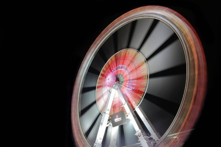 Ferris Wheel 3 Red (Canon EOS 750D) Moodygrams Ic_mood Wdj_urbgroup Camera Cam Canon EOS Eos750d Germany Ferriswheel Ferris Wheel Longexpo Longexposure Ic_longexpo Longexpoelite Riesenrad Riesen RAD Freimarkt Bremermoment Lightrail Happy Picoftheday photooftheday red light agameoftones longexposure_shots