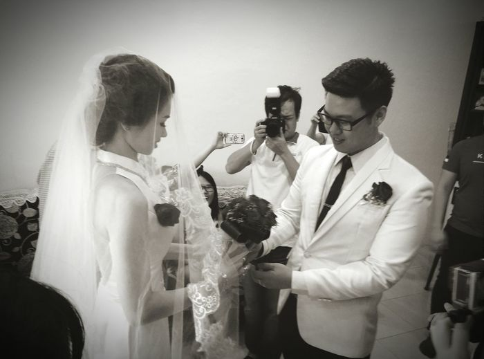 Feel The Moment Weddings Bride And Groom Love See My World Through My Lens