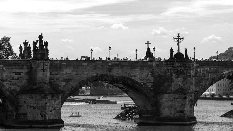 a cloudy day in Praga Arch Architecture Bridge Built Structure Charleston Cloud Cloud - Sky Czech Czech Republic Day Karluvmost Karlův Most Outdoors Praga Tourism Travel Destinations