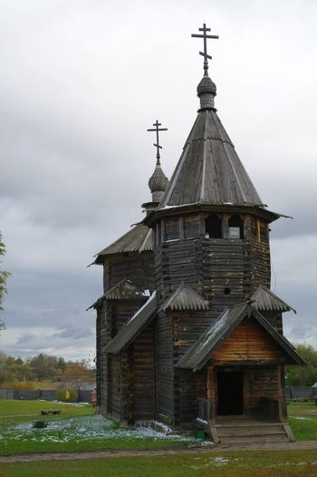 Ancient wooden architecture Autumn Museum Of History Wooden Roof Ancient Architecture Architecture Building Exterior Built Structure Church Architecture Cloud - Sky Day Dome Grass Nature No People Outdoors Place Of Worship Religion Sky Snow Spirituality Tranquil Scene Wooden Building