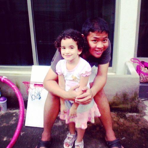 said her name was Yarden ! LittleGirlFriend IsaraelGirl BangkokBoy Bangkok Instagood Love Friends Neighbor Babysitting Cute Lovely