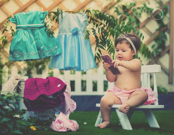 esperando secar o looks do dia Bloguera Baby Babies Only Childhood Front Or Back Yard Toddler  Babyhood Sitting First Eyeem Photo