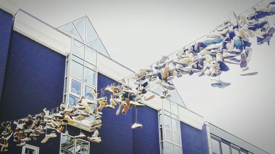 Flensburg Schuhe  Schuhemachenglücklich Warum Hängen Da Schuhe Schoes Warum Nicht Einfach So? Shoefiti