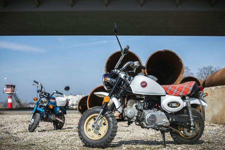 Hondamonkey Transportation Mode Of Transport Outdoors Motorcycle Mokick Pocketbike Moped