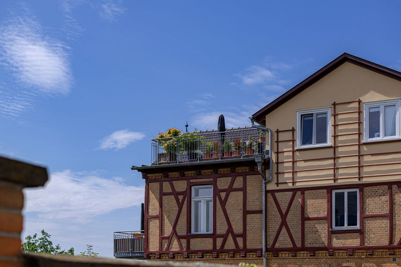 Architecture Building Exterior Built Structure Building Sky Cloud - Sky Window House Residential District Low Angle View No People Nature Day Blue Outdoors City Sunlight Plant Balcony High Section Row House Wohnen Heute Restauration Marburg Altstadt