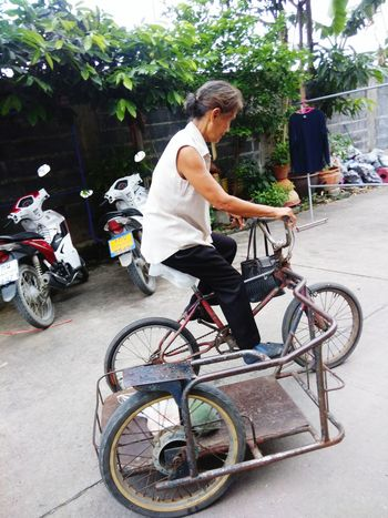 Bicycle Cycling Transportation Mode Of Transport Full Length Casual Clothing One Person Adult Riding People One Man Only Motorcycle Adults Only Day Outdoors Only Men Headwear Real People Tree Biker