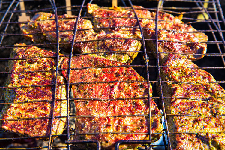 Meat Food Food And Drink Barbecue Barbecue Grill Grilled Preparation  Heat - Temperature Freshness No People Close-up Preparing Food Metal Skewer Indoors  Focus On Foreground Day High Angle View Meal Dinner Char-grilled