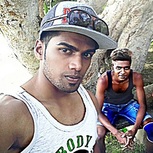 Selfie pulla give me a @_@ ..... Hip_Hop Hip Hop Friendship never ends... eRrYthin ChanGeZ & nUthin StaYs Da SaMe bUt aS we grOw uP 1 thinG dOes reMain i wAs wiT u befOre & wiLl be tiLl Da end nUthin cOuld eva replaCe mA b e s t * f r i e n d z .... Selfie arm_cut hip_hop Rayburn black fashion style hairstyle body ash color tagsforlike likesdaily picofdaday daily online likesdaily denim two follow swag heart cooler Based on the world I bat u can't color my button to green