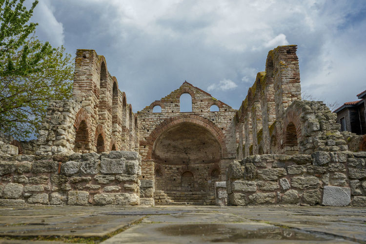 Ancient ruins in Nesebar. The city is part of Unesco World heritage. Incredible tourist destination. Architecture Outdoors Ancient Civilization Stone Wall Religion Building Place Of Worship Unesco Unesco World Heritage Nesebar Bulgaria