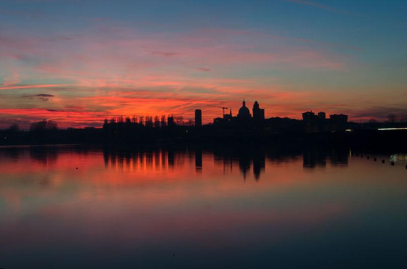 Mantua skyline