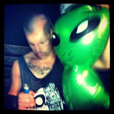 Tyleyronron Tylerturns18 18 Alien party